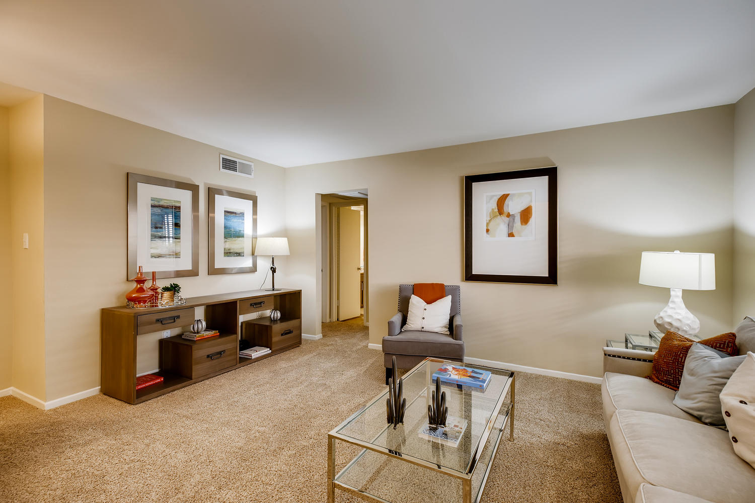 Gallery 3 | The Bordeaux Luxury Apartment living near the Houston Galleria